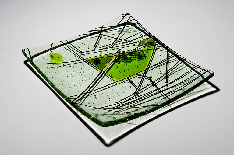 Platter in kiln formed glass.